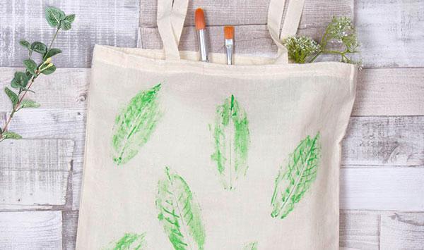 Urban Forest Initiative Tree Week 2019 DIY Leaf Print Book Tote